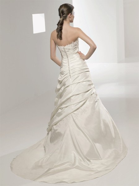 AGATA - Suknie ślubne