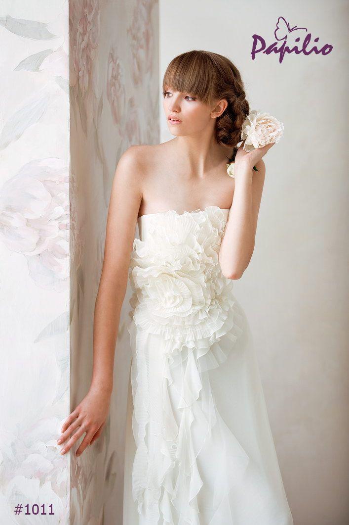 1011 Suknia ślubna - EMPIRE