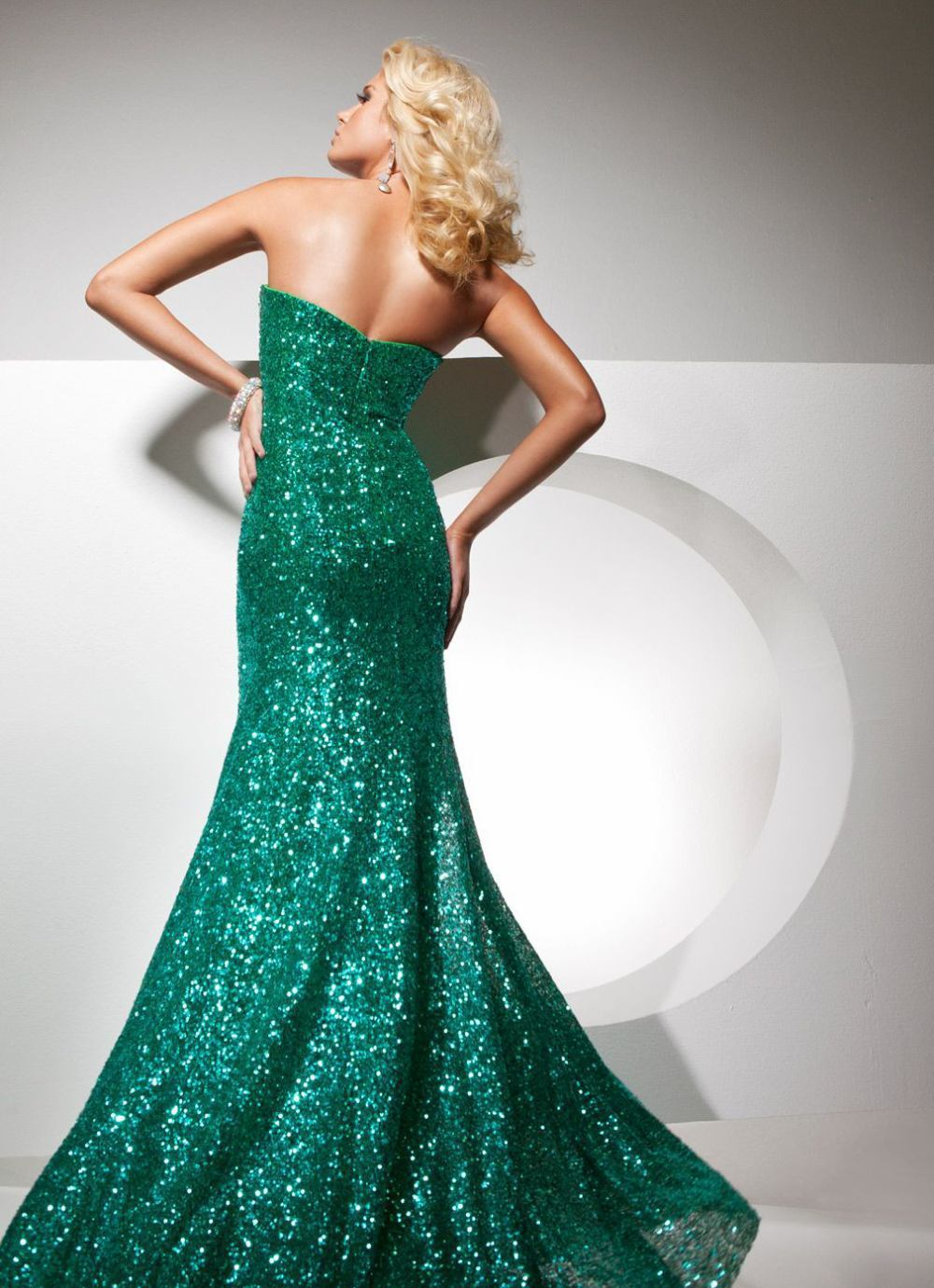 113705 suknia wieczorowa - Suknie wieczorowe
