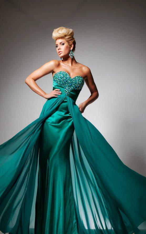 2351300 suknia balowa