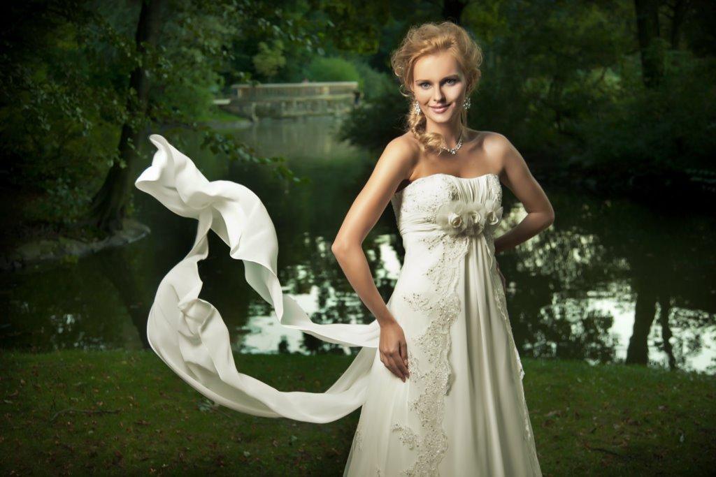 Amaranta suknia ślubna - Suknie ślubne