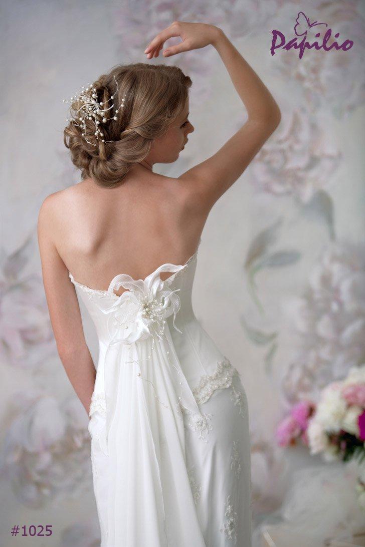 1025 Suknia ślubna - EMPIRE