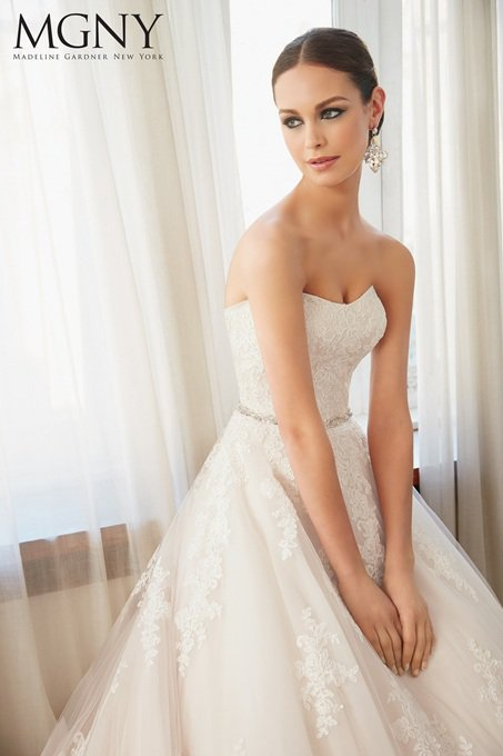 Suknia ślubna MGNY 51133 - Suknie ślubne