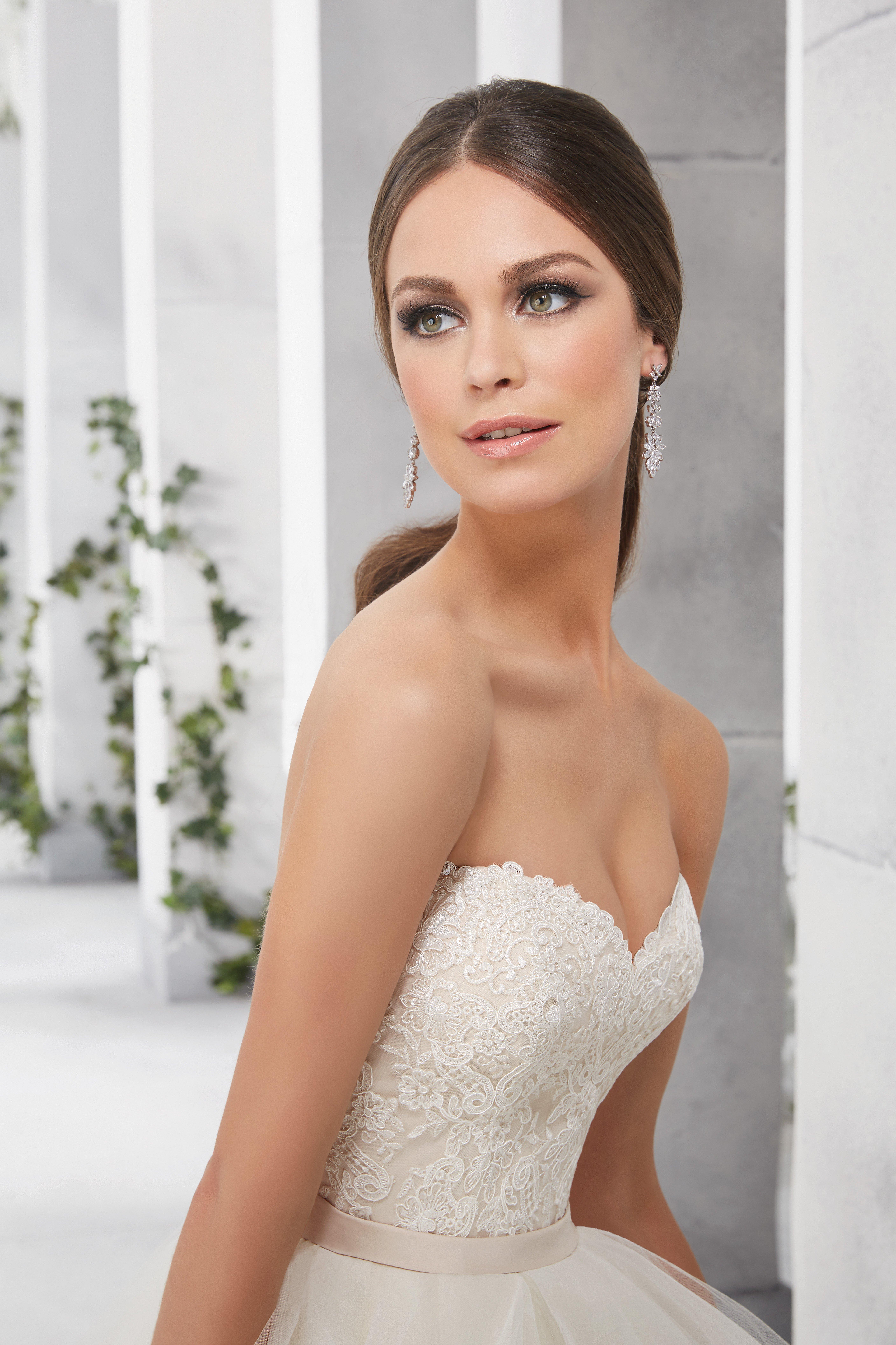 Suknia ślubna z falbanami 51219 - Suknie ślubne