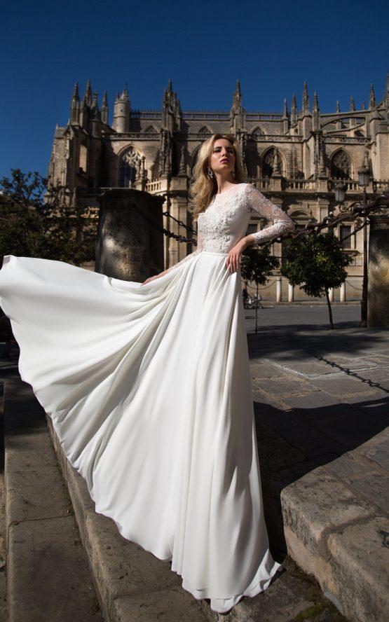 Oksana Mukha model Gabriella