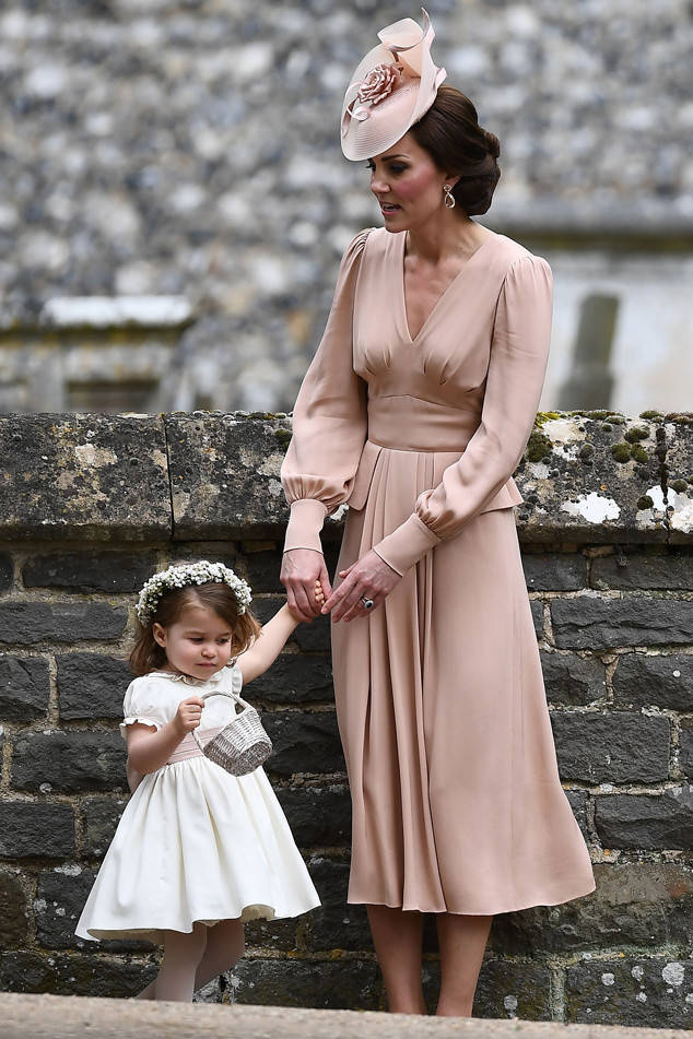 rs_634x951-170520051257-634-Princess-Charlotte-Kate-Middleton-Pippa-Middleton-James-Matthews-Wedding-JR-2-052017
