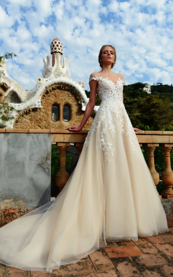 Suknia ślubna Natisha Dominiss