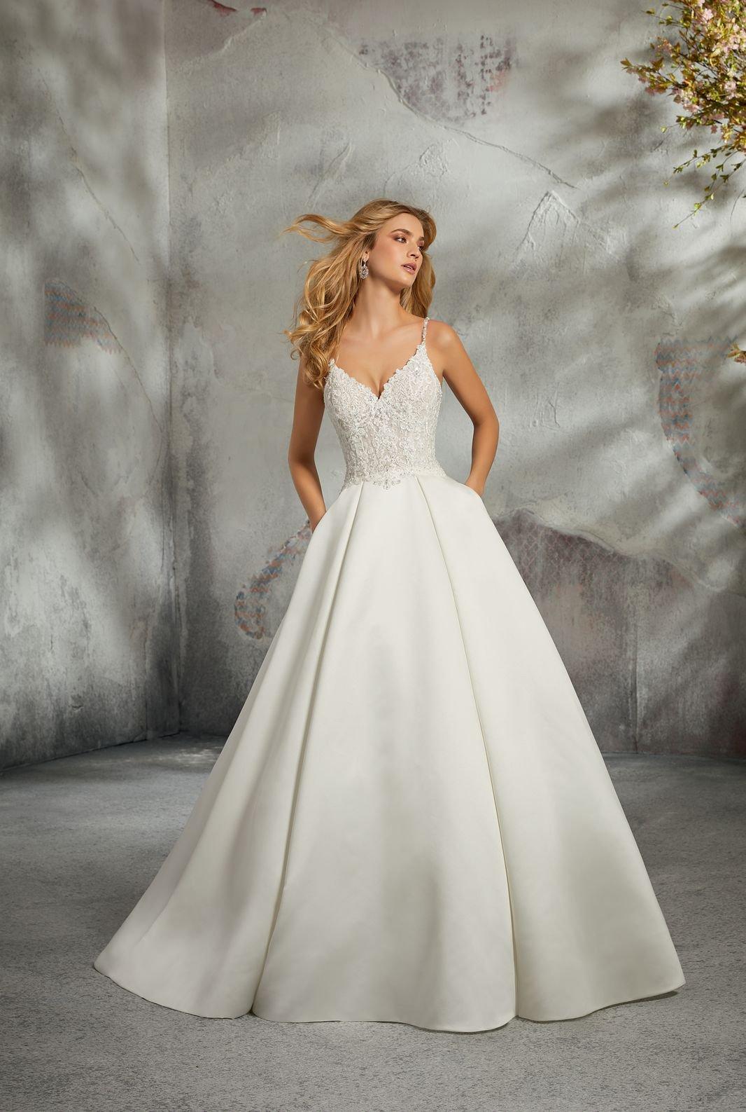 8272 - Suknie ślubne