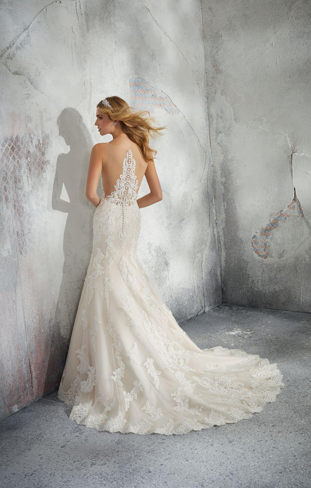 8274 - Suknie ślubne