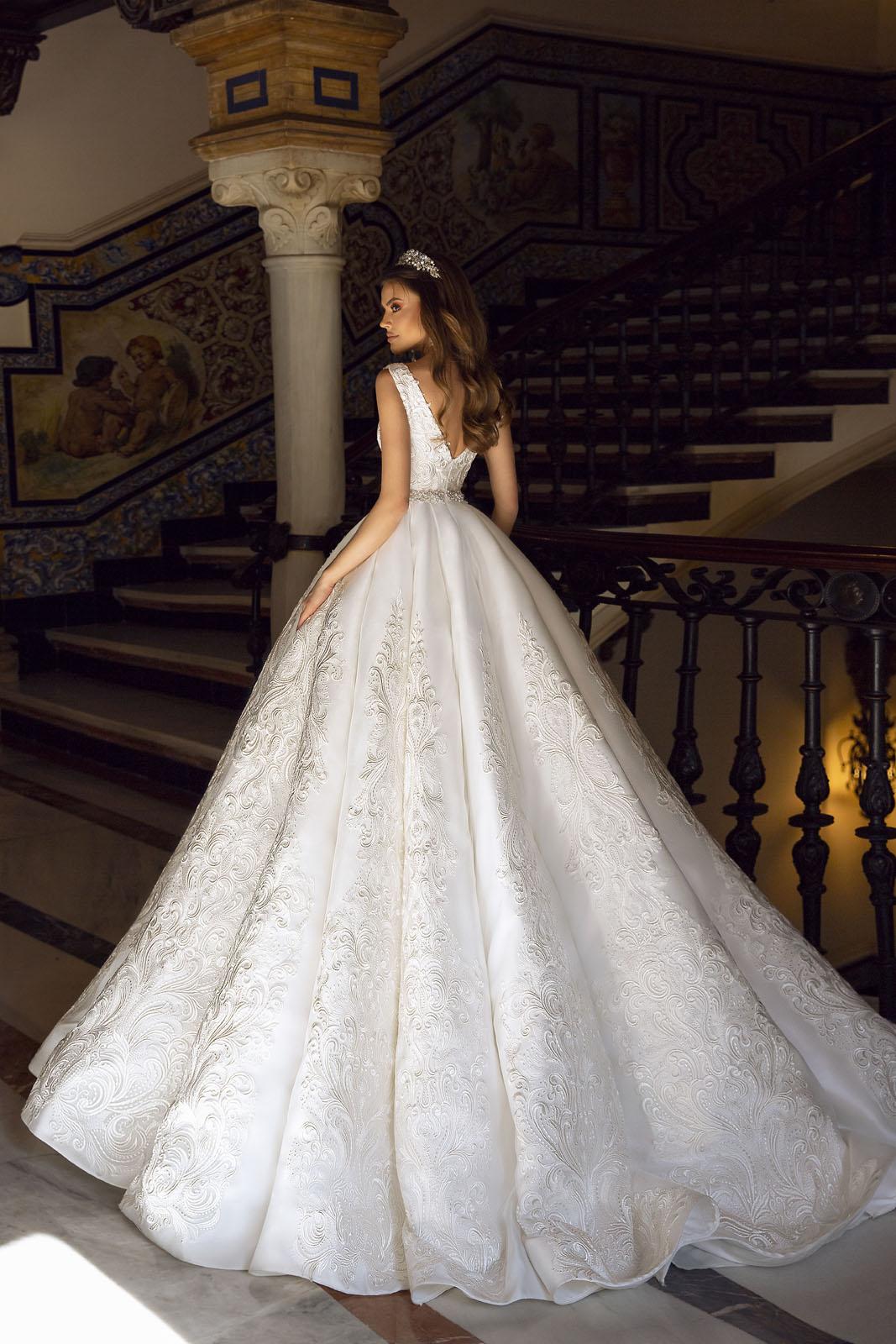 BLAIR-Maks Mariano-Tina Valerdi - Suknie ślubne