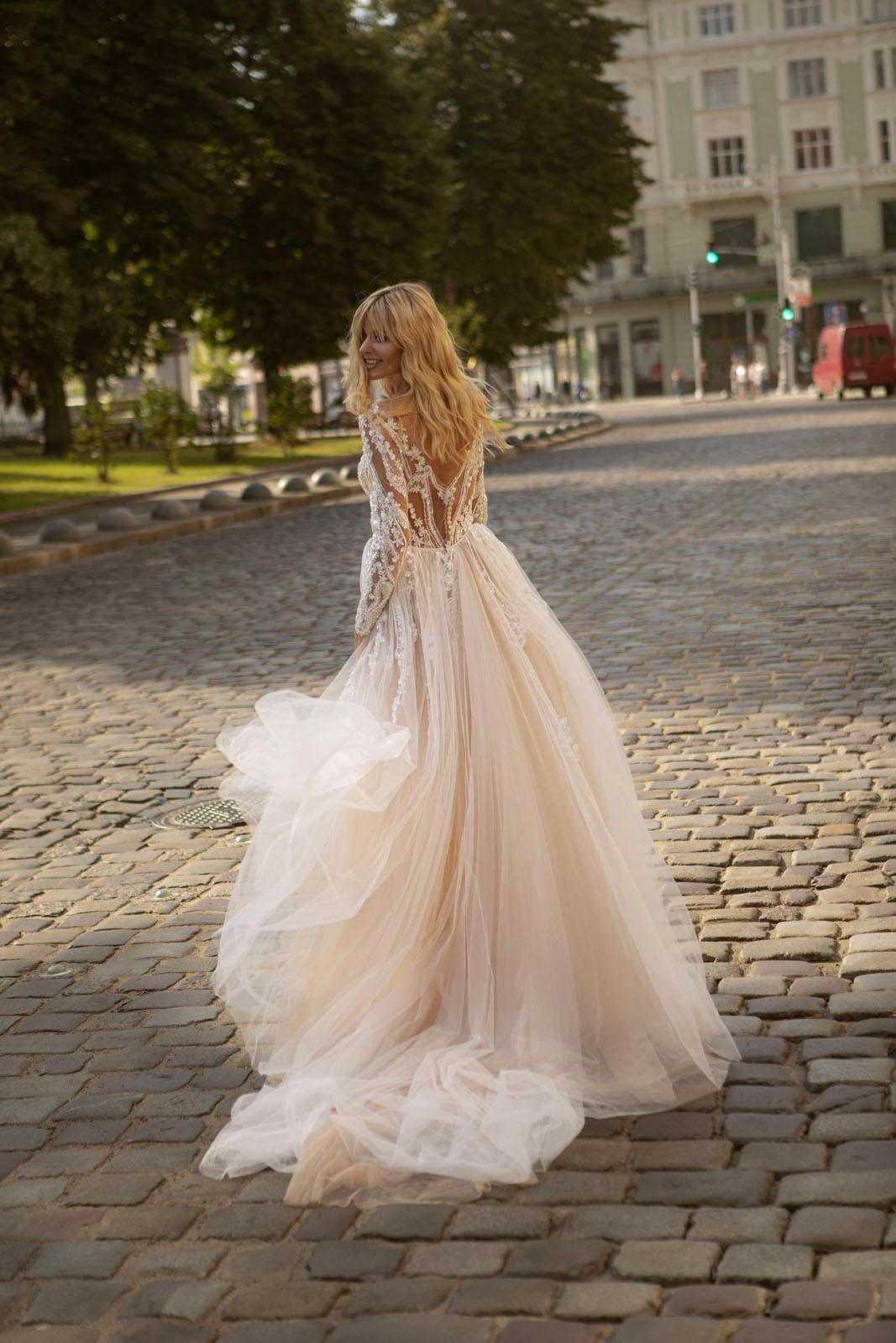 TRASY-Oksana Mukha - Suknie ślubne