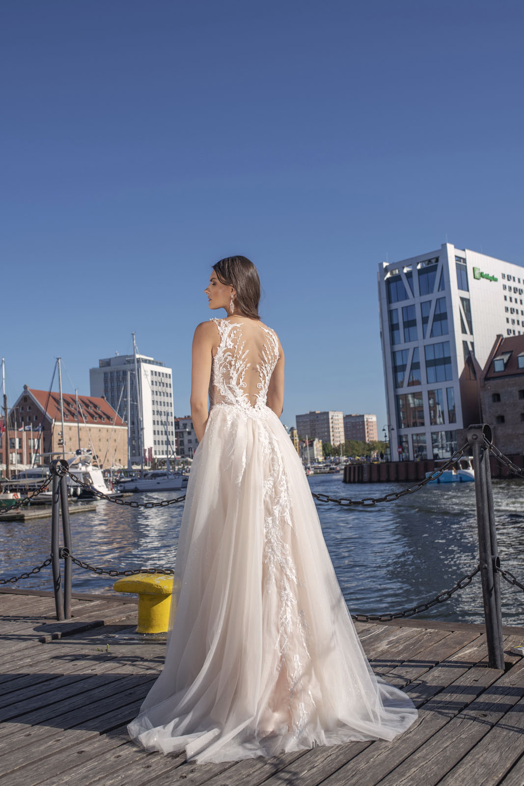 0921 - Suknie ślubne