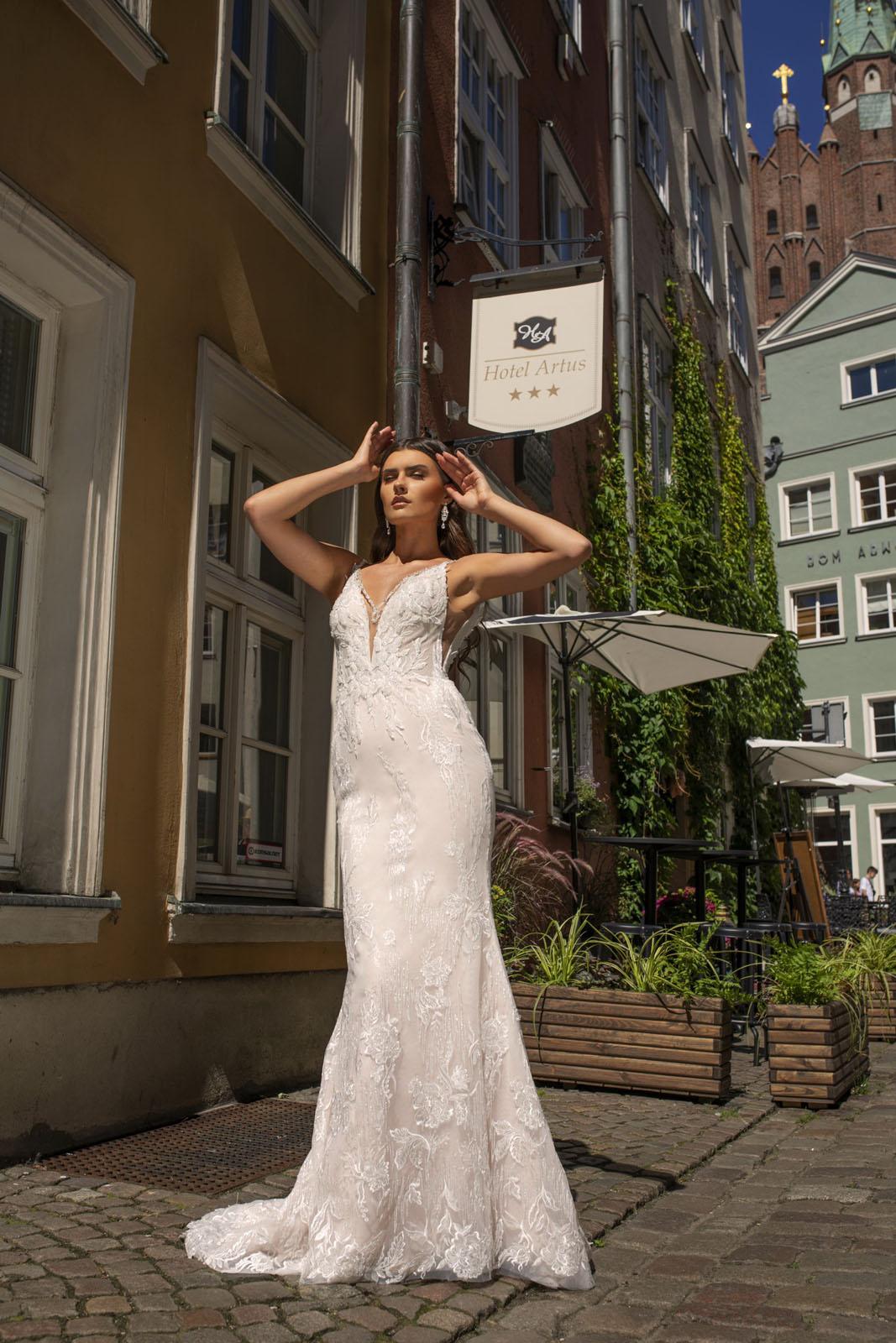 1421 - Suknie ślubne